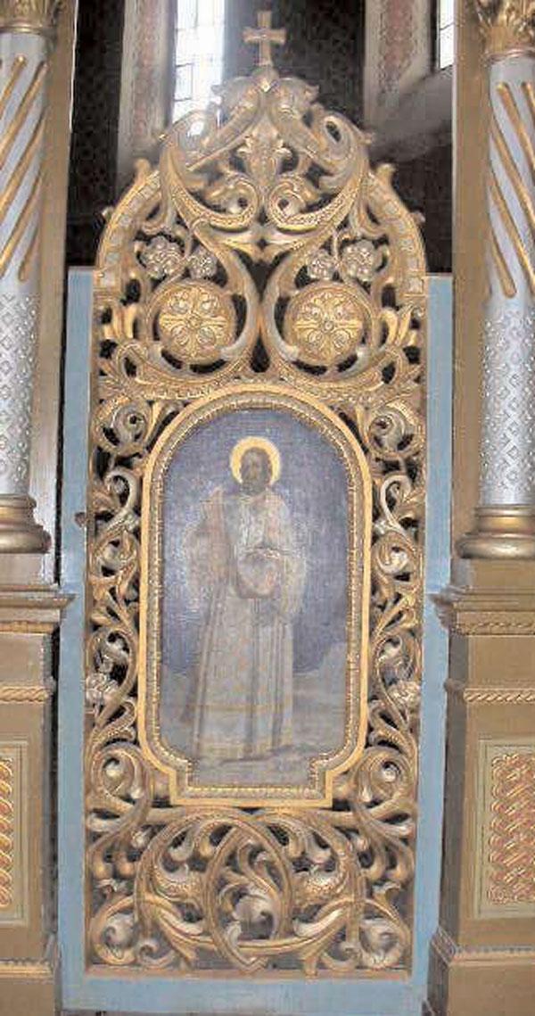 Ușa altarului bisericii din Nicolinț